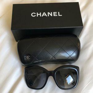 Chanel oversized sunglasses